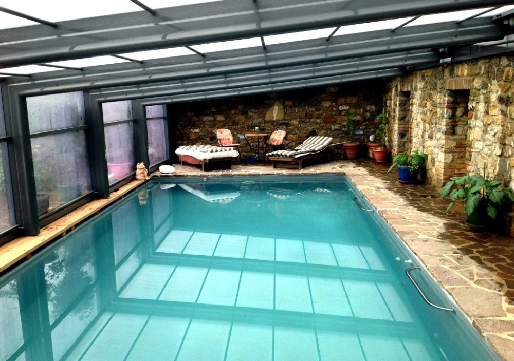 Limpiafondos cloradores salinos - Casa rural con piscina cubierta ...
